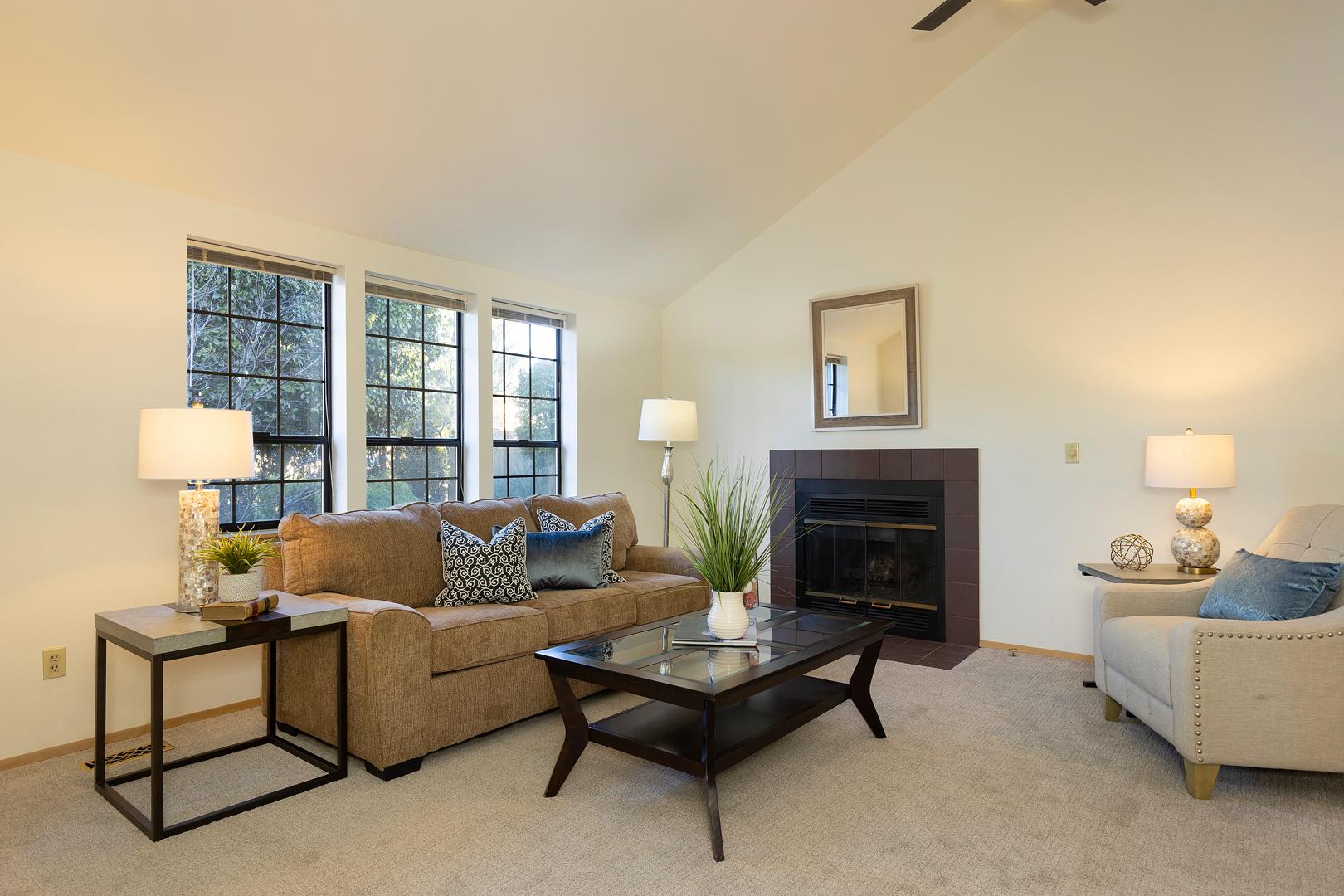 24 living room 1-1